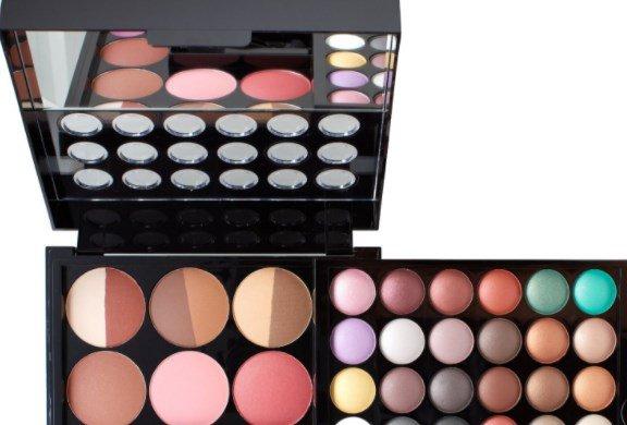Недорогие косметические продукты, признанные потребительницами